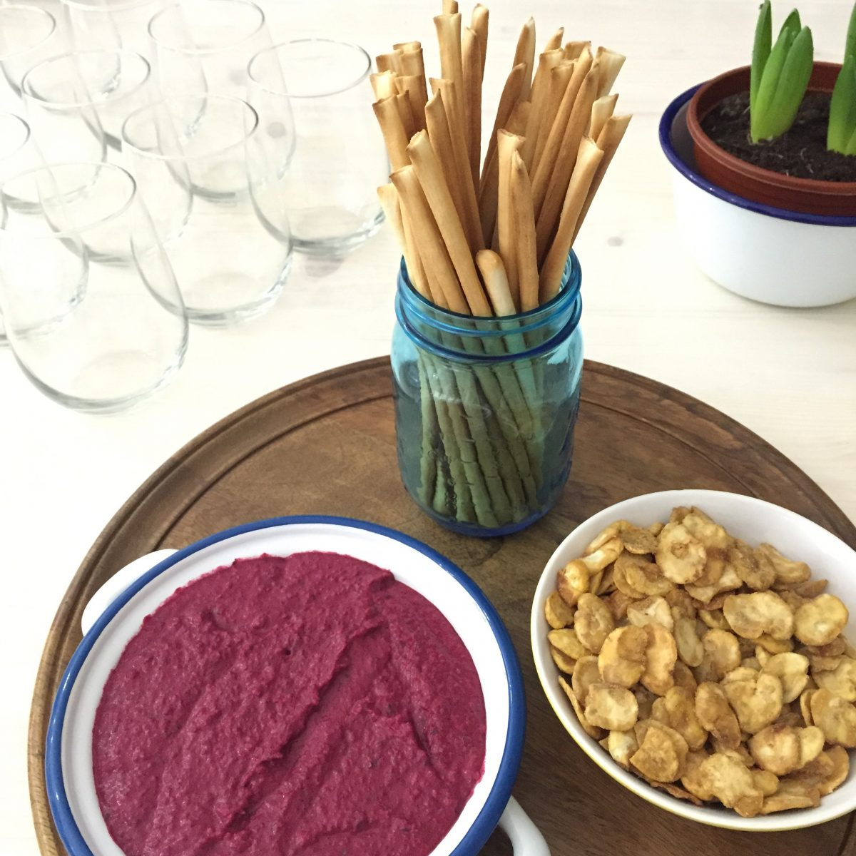 beetroot cannellini dip
